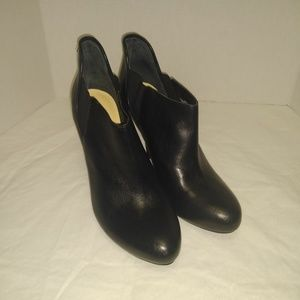 Guess Shoes - Guess Black Leather Heeled Booties